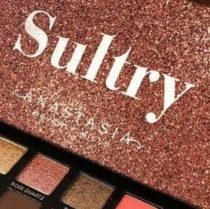 Anastasia BH SULTRY EYE SHADOW PALETTE